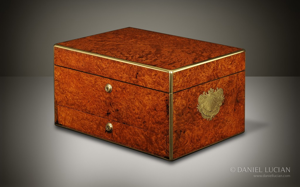 Antique Jewellery Box in Burr Walnut