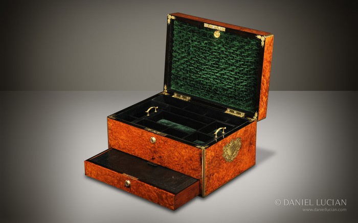 Burr Walnut Antique Jewellery Box Manufactured by Howell, James & Co.