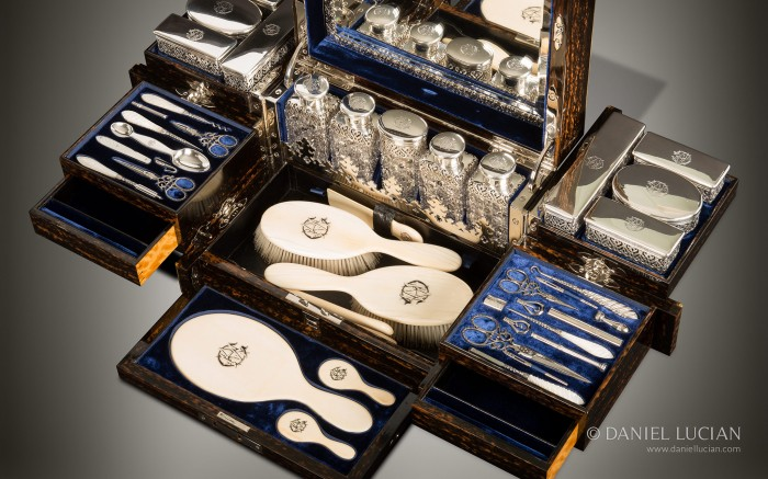 Antique Dressing Case in Coromandel with Betjemann Patent Mechanism, by Jenner & Knewstub.