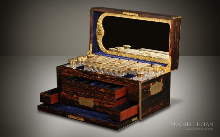 Jenner & Knewstub Antique Vanity Box in Coromandel.