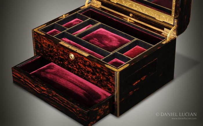 Coromandel Dome Top Antique Jewellery Box.