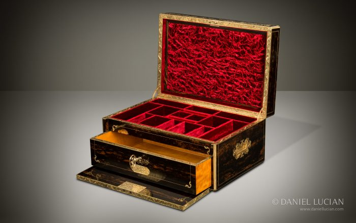 Magnificent Antique Jewellery Box in Coromandel with Engraved Brass Inlay and Concealed Drawer.