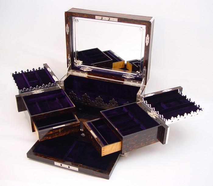 Antique Jewellery Box in Coromandel with Betjemann Patent Mechanism.