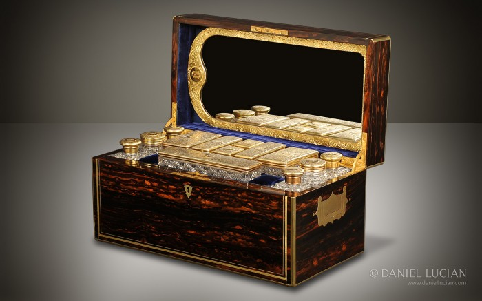 Coromandel Antique Vanity Box by Jenner & Knewstub and James Vickery