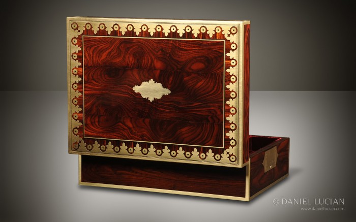 Kingwood Antique Jewellery Box with Foliate Brass Inlay.