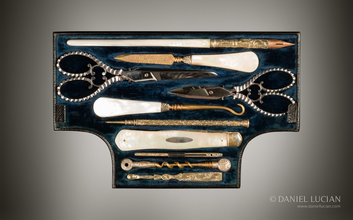 Vanity Tool Tray from an Antique Dressing Case in Calamander with Silver-Gilt / Gold Fittings by Asprey.