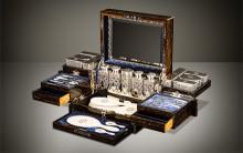 DL063-antique-dressing-case