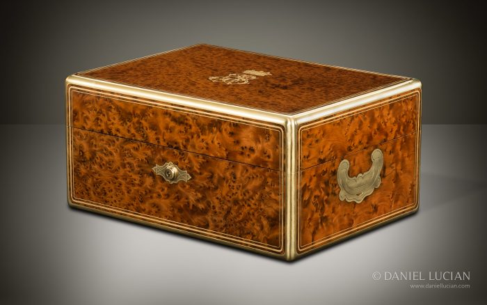 Antique Jewellery Box in Thuya Wood, by Berthet à Paris.